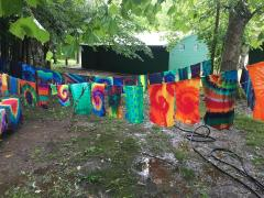 Tie-dyeing
